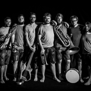 La Brass Banda, Videodreh: Indian Explosion, Making of